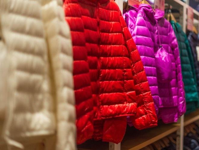 Как стирать холлофайбер: правила для курток из разных тканей